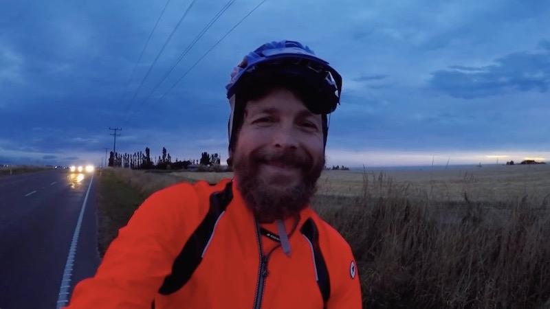 Il Viaggio Di Jovanotti In Nuova Zelanda Da Solo In Bicicletta